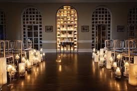 Candlelit Ceremony, United With Love http://www.unitedwithlove.com/2011/11/17/inspiration-candles-as-wedding-decor/#/