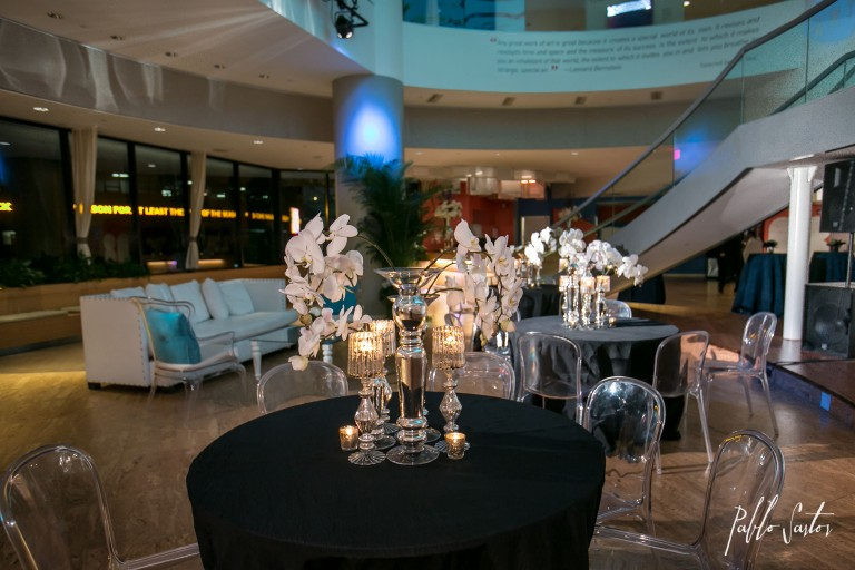 Pablo Sartor Photography, Blue Martini, Bright Occasions, Edge Floral Event Designers