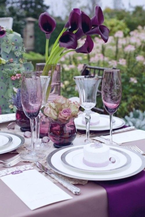 Purple Tablescapes via weddingomania.com